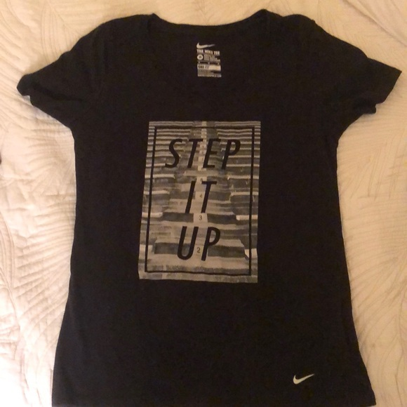 Nike Tops - Nike dri -fit